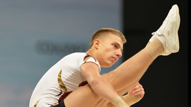 Bali Dániel ezüst-, a Bali-Mazács páros bronzérmes az aerobik vb-n