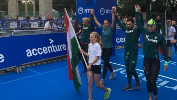 A magyar triatlonos vegyesváltó 11. lett a nottinghami vb-futamon
