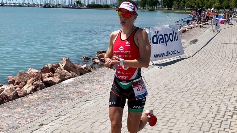 Poór Brigitta ezüstérmes a szezonzáró tereptriatlon világkupán