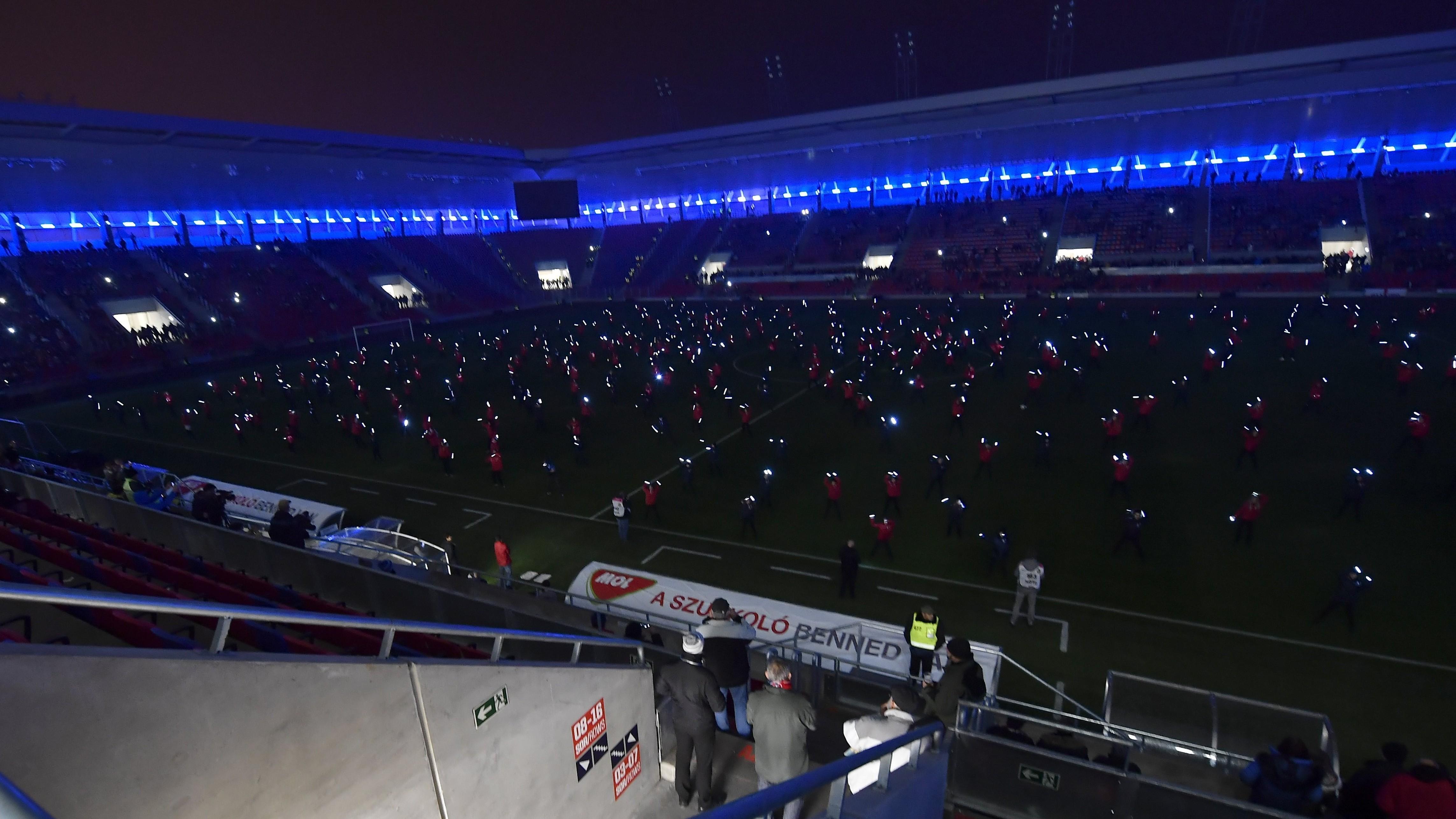 Felavatták az új székesfehérvári stadiont