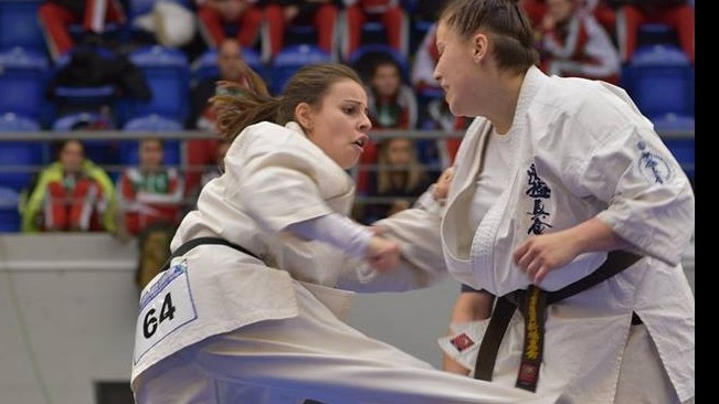 Kyokushin karate Eb - korosztályos éremeső az első napon