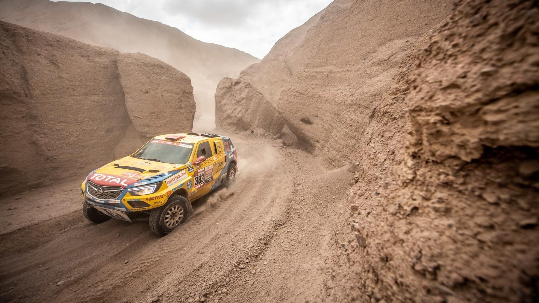 A Szalay-Bunkóczi duó 20. helyen ért célba a Dakaron