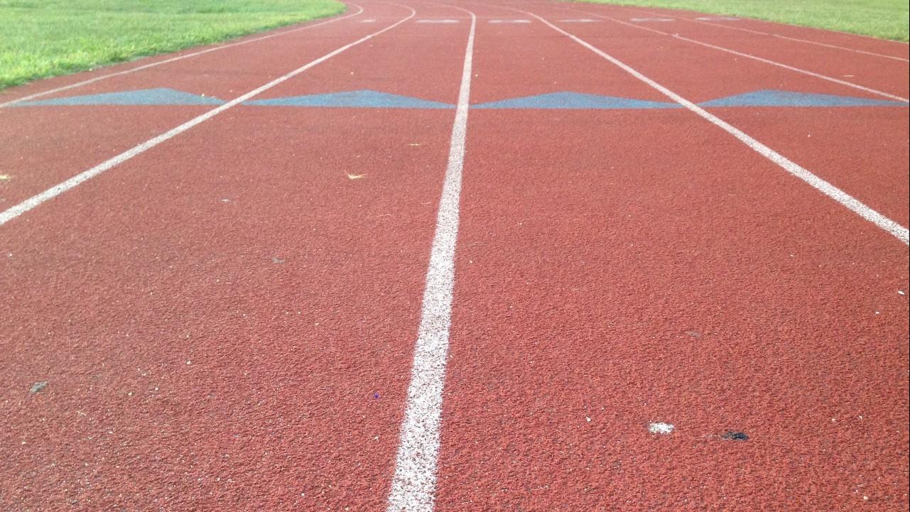 Üres pályák, reménykedő sportolók