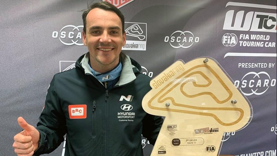 Autó-motorsport -  Bőségesen hullottak a pontok a magyarok versenyein