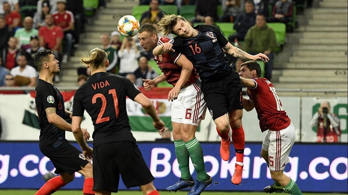 Labdarúgó EB-selejtező - Jó játékkal bravúros győzelem Horvátország ellen