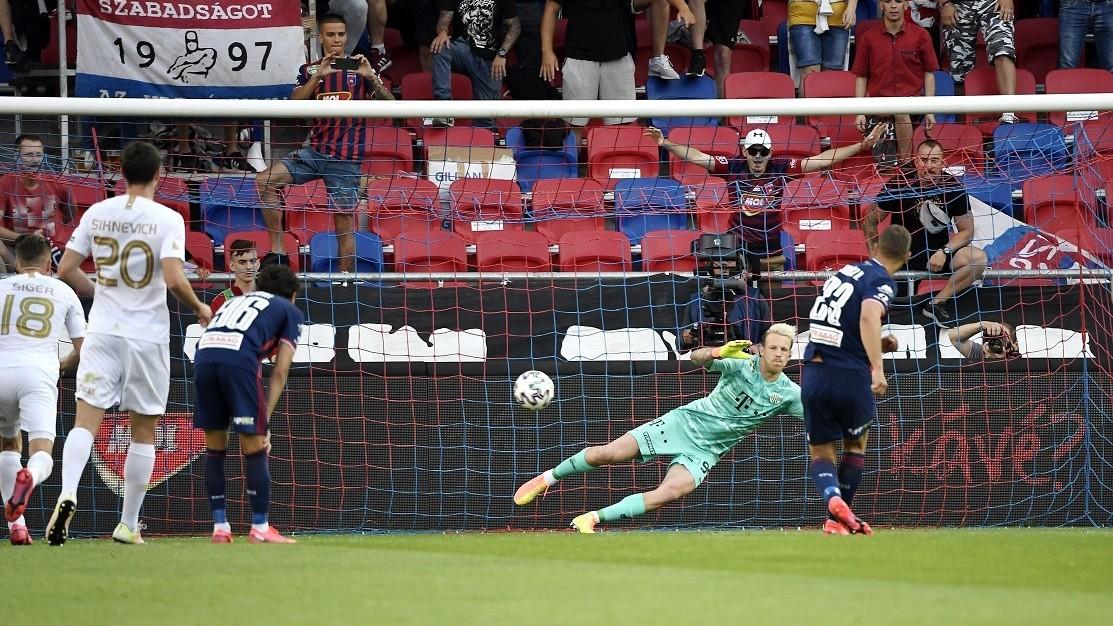 Juhász Roland győztes góllal búcsúzott