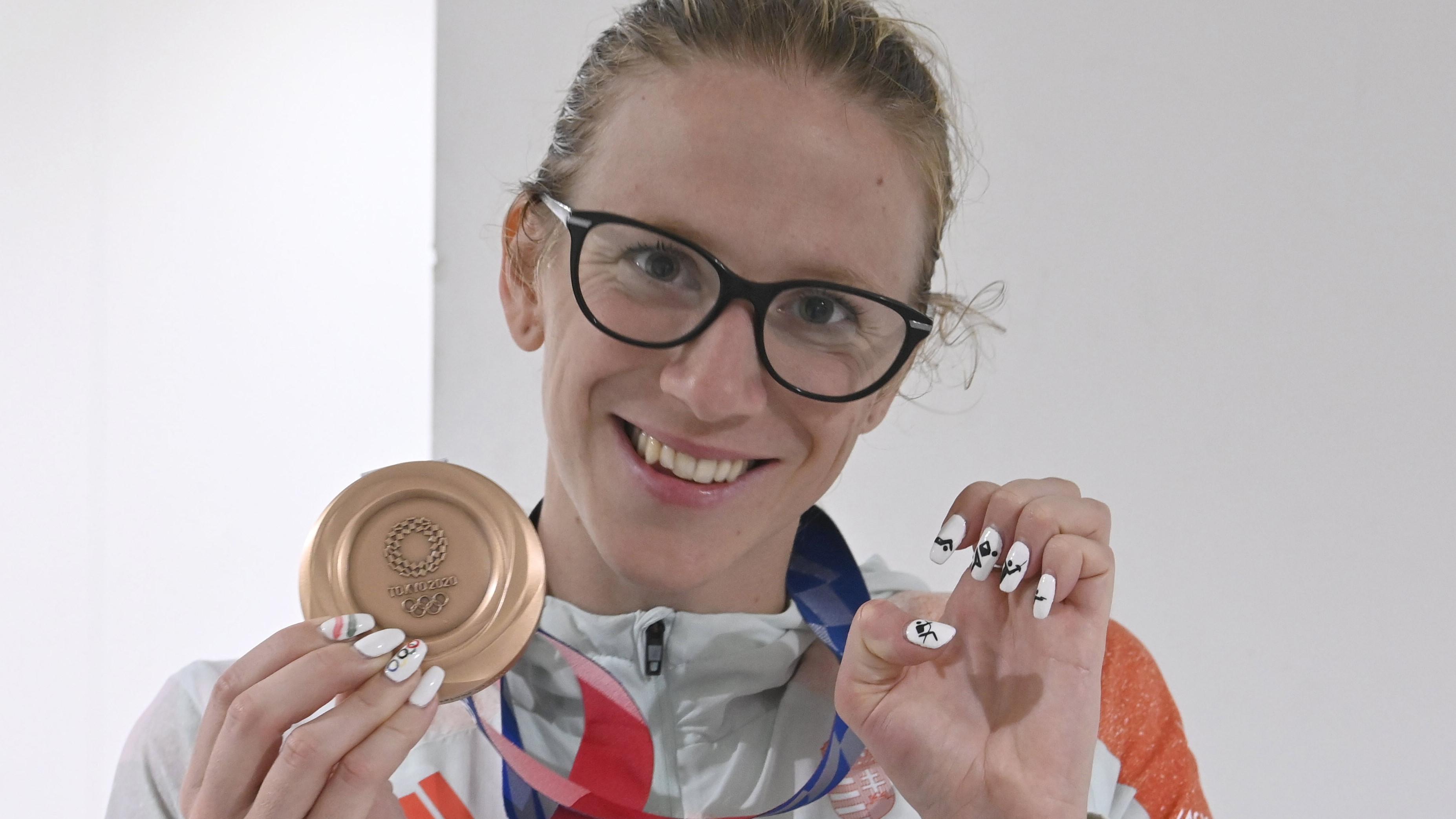 Eljegyzés után olimpiai bronzérem