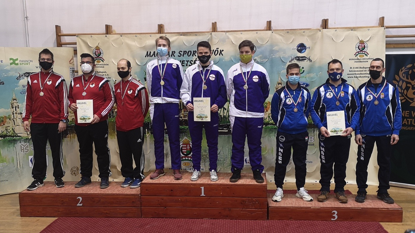 Péni István triplázott az országos bajnokságon