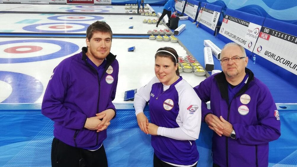 Curling vegyespáros vb - A Kiss, Palancsa kettős megnyerte a Svájc elleni csoportrangadót is