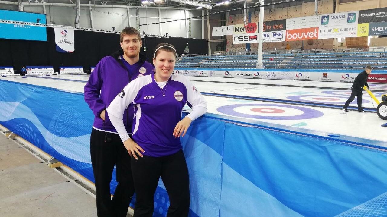 Curling vegyespáros vb - Győzelemmel kezdett a Kiss, Palancsa duó
