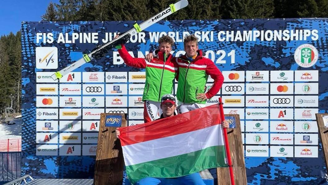 Úry Bálint egy arany- és egy ezüstérmet nyert a junior alpesisí-vb