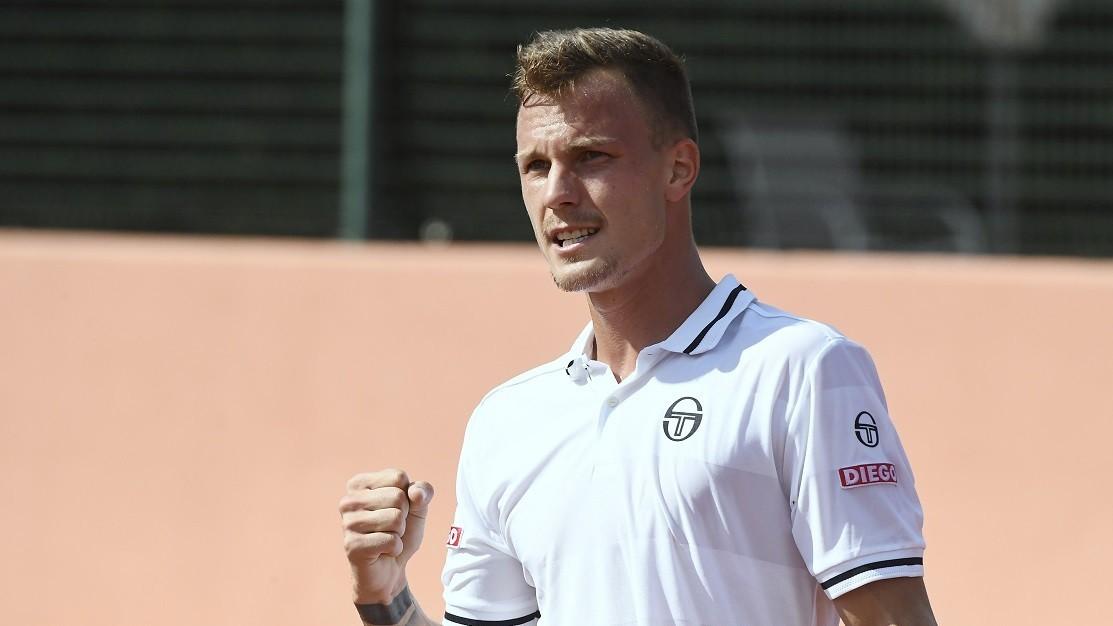 Balázs vesztett, Fucsovics győzött az első DK-napon