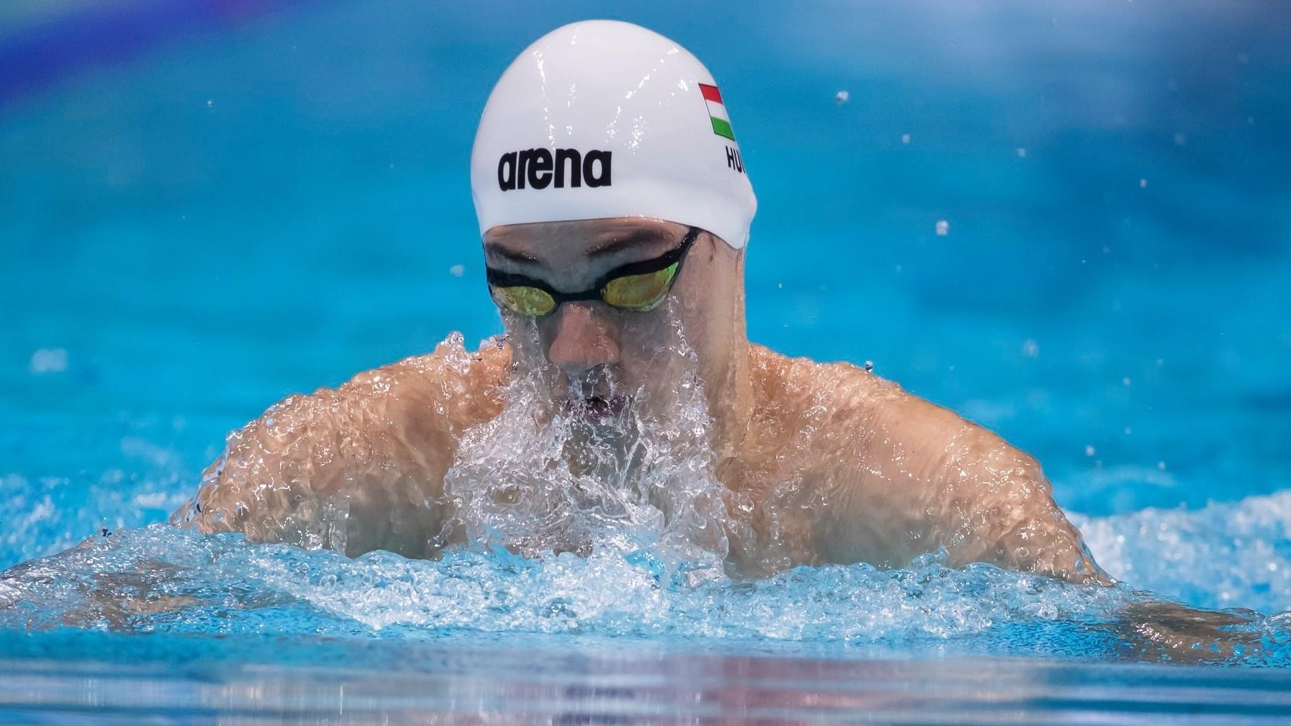 Magyar aranyérem a junior világbajnokság nyitónapján