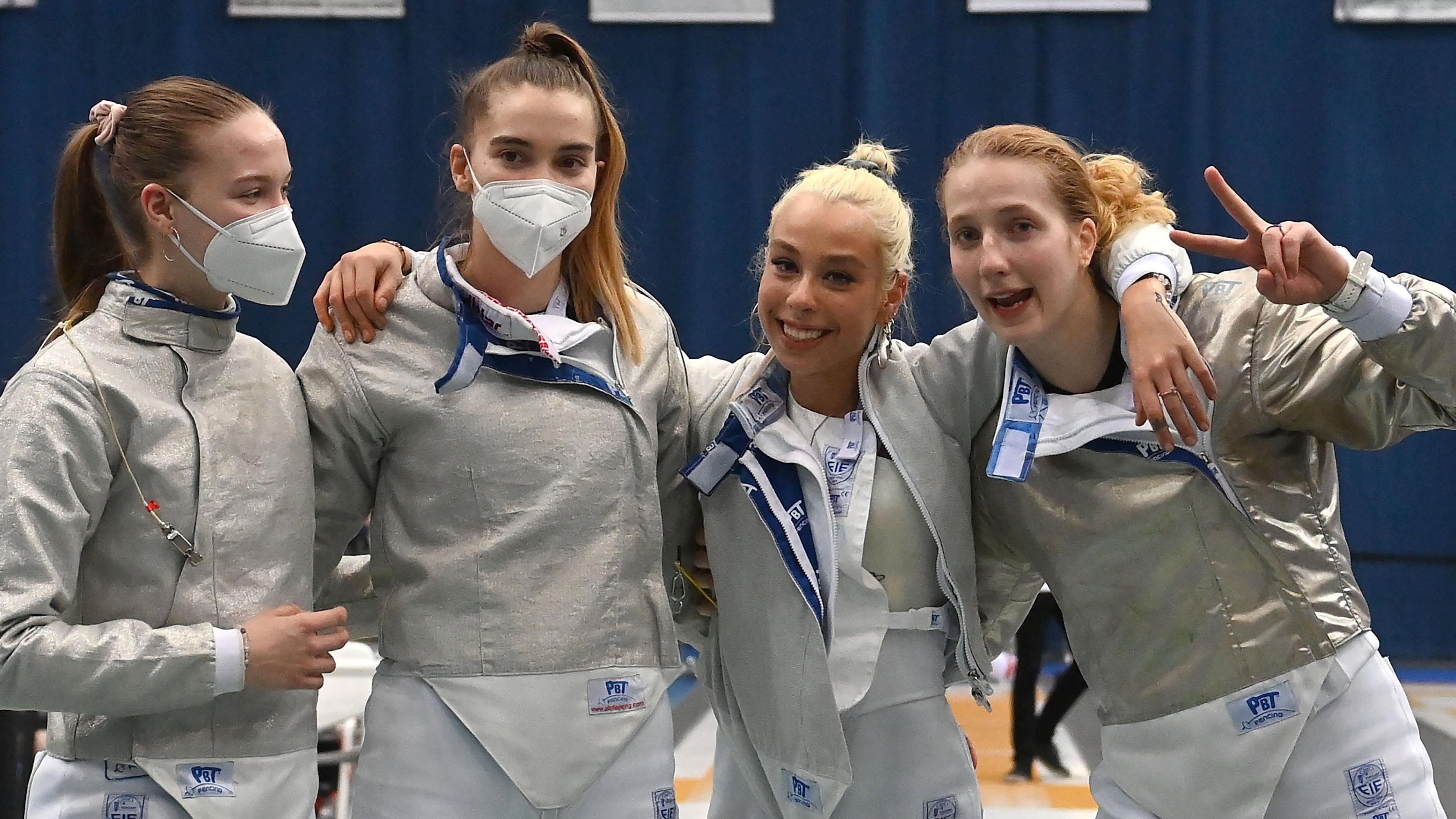 Olimpiai résztvevő a magyar női kardcsapat
