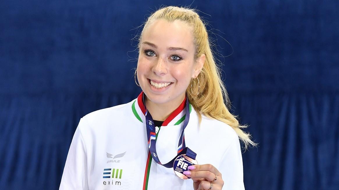 Pusztai Liza bronzérmet nyert a moszkvai kard vk-n!